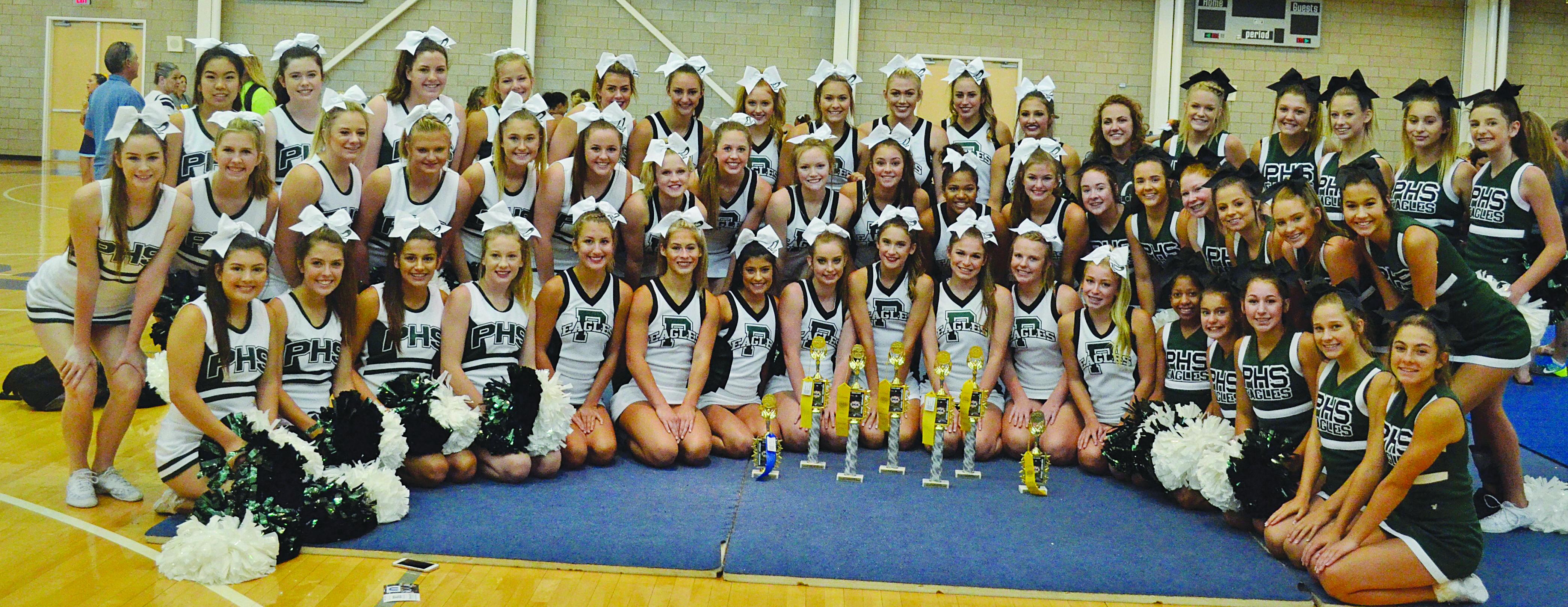 Cheerleaders Earn Top Spots at UCA Camp