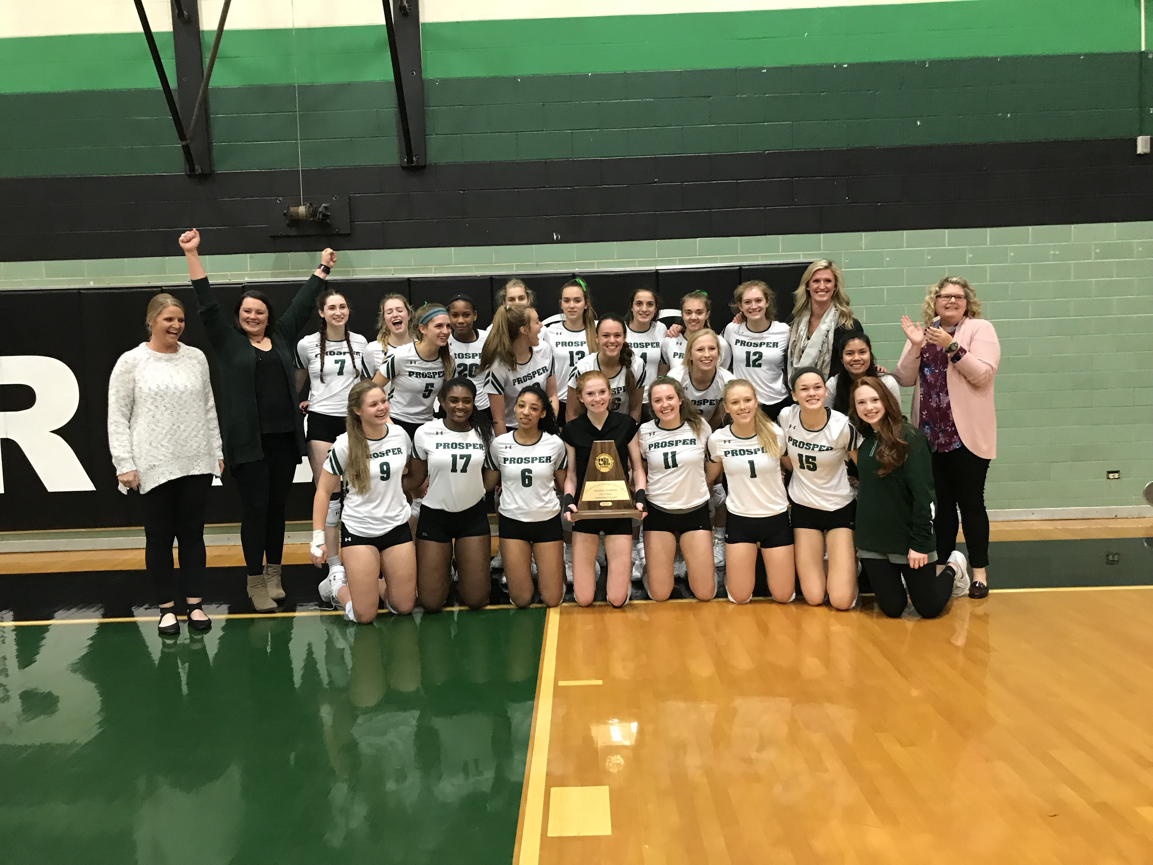 Lady Eagles are State Bound!!